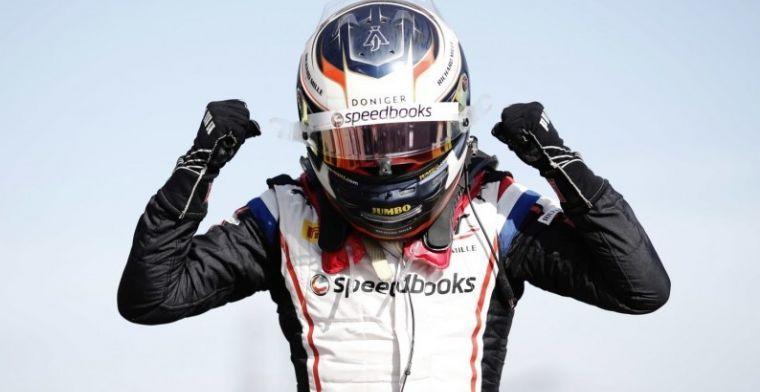 """De Vries over Formule 2: """"Debuutjaar was rommelig, stopte bijna met éénzitters"""