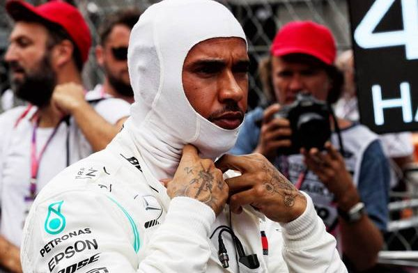 Lewis Hamilton still revisits old texts with Niki Lauda