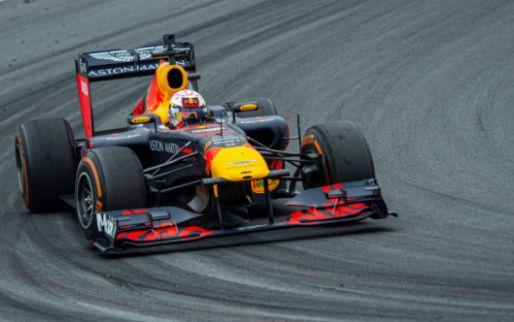 Team van Verstappen neemt promotievideo voor Grand Prix Zandvoort op