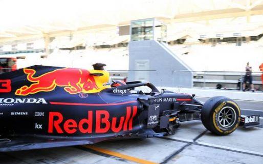 F1 Social Stint | Red Bull vervangt de koetsen in Den Haag