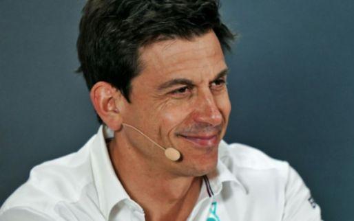Plooij: 'Verstappen gaat vroeg of laat naar Mercedes'