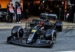 """Esteban Ocon: """"It feels awesome to be back driving a Formula 1 car"""