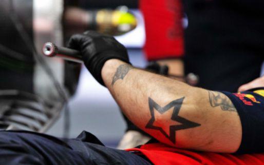 Red Bull al anderhalf uur niet op de baan: ''Ik verwacht een motorwissel''