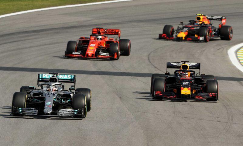 Afbeelding: 'Red Bull en Ferrari ontdekken hoe Mercedes motor en versnellingsbak verbindt'