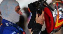Afbeelding: F1 Social Stint: Sainz staat te popelen, Webber krijgt bezoek van giga-reptiel