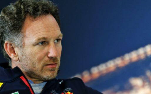 Horner kijkt het rustig aan: 'Laten we niet vergeten dat Mercedes een plek heeft'
