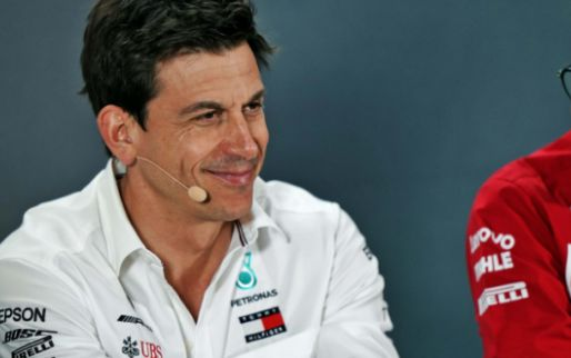 "Image: Wolff: ""I've invested in Aston Martin, but remain team boss of Mercedes"""