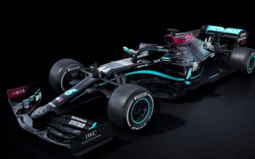 Mercedes start Formule 1-seizoen met zwarte livery in de strijd tegen racisme!
