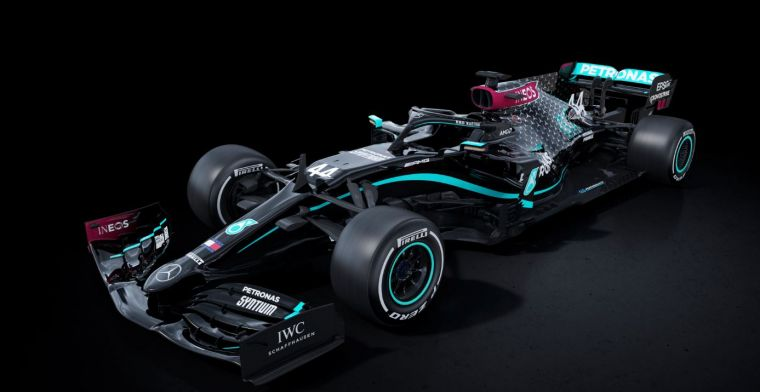Mercedes starts Formula 1 season with black livery in the fight against racism!