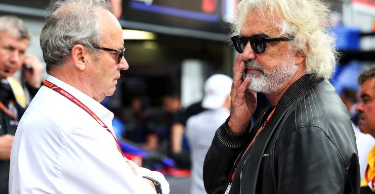 Briatore misses a leader at Ferrari: ''They make mistakes over and over again''