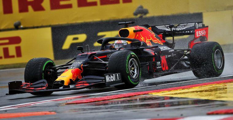 Doornbos: Het is momenteel paniekvoetbal bij Red Bull