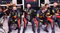 Afbeelding: Video   Zo repareerden monteurs van Verstappen de RB16 op de grid
