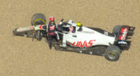 Image: Touché between Albon and Magnussen: early end for Haas F1 driver