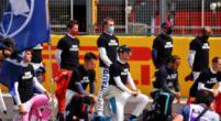 """Afbeelding: Hamilton: """"In andere sporten knielen ze wel als eenheid"""""""