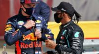 """Afbeelding: Mercedes legt keuze uit: """"Anders geef je de winst aan Verstappen"""""""