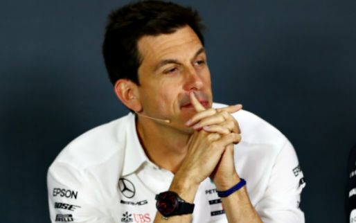 'Daimler is dissatisfied with Wolff's ancillary activities in Formula 1'