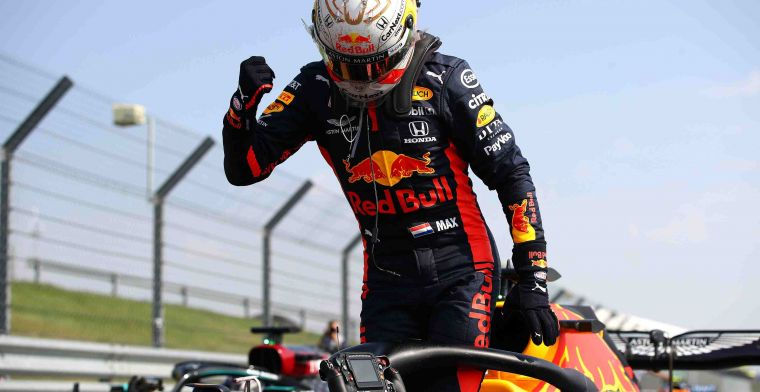 Dutch press praises Red Bull: Wolff looked at screens with fright