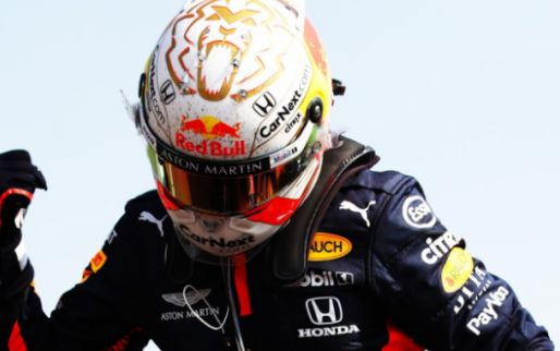 Verstappen neemt met perfecte score leiding over van Hamilton in Power Rankings