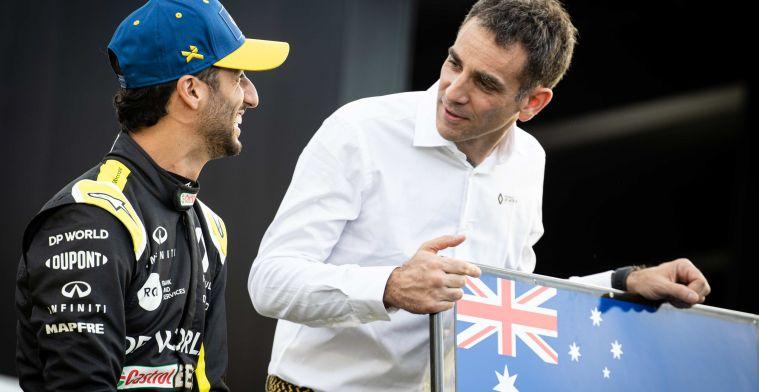Ricciardo hoopt op een podium: ''Dan kies ik een tatoeage uit voor Abiteboul''