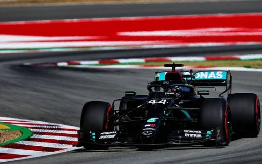 FP3 Report: Hamilton tops FP3, but Verstappen closes the gap to Mercedes