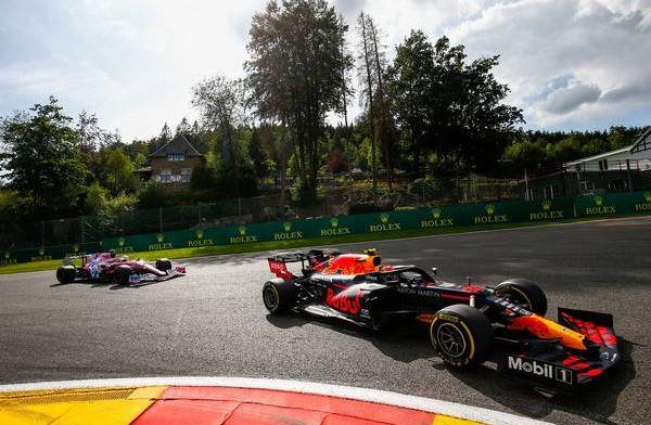 Red Bull heeft twee competitieve auto's nodig om het Mercedes moeilijk te maken