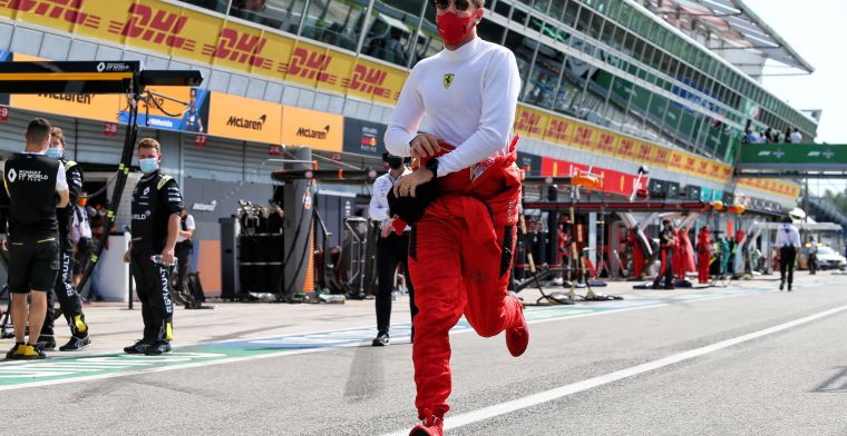 Vettel doesn't give up: ''He doesn't want to stab anybody in the back''