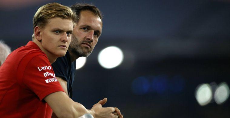 Schumacher happy with helpfulness Vettel: I get tips from him