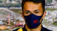 """Afbeelding: Albon groot fan van Schumacher: """"Hij had niet alleen talent voor op de baan"""""""