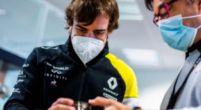 Image: Alonso back at Renault: ''The last time I was here they didn't have that''
