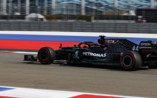 Raakt Hamilton zijn pole kwijt? Mercedes-rijder moet naar de stewards!