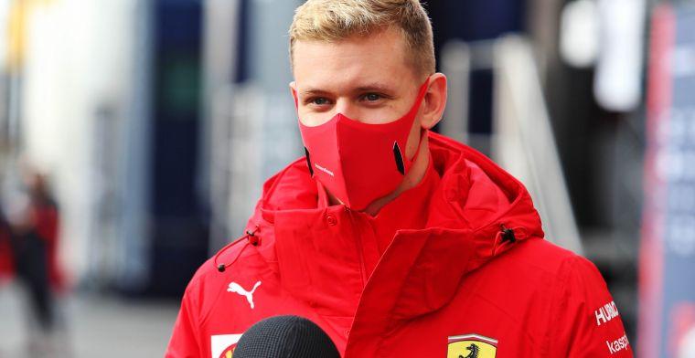 Schumacher op weg naar de Formule 1: 'Hij staat niet voor niets bovenaan in de F2'