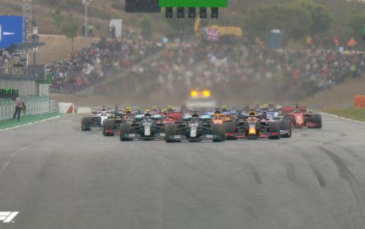 CHOAS bij start in Portugal; Verstappen tikt Perez van de baan!