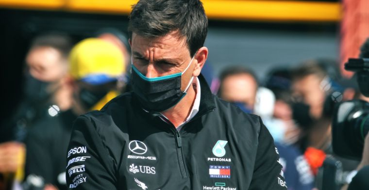 Wolff willing to do anything to keep Hamilton: I would sell the team's factories