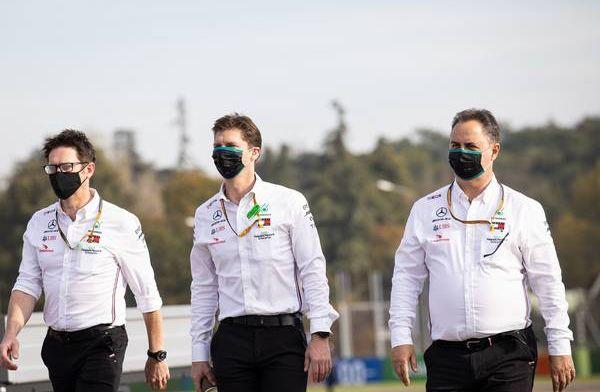 Mercedes liet intermediates met opzet in slick veranderen
