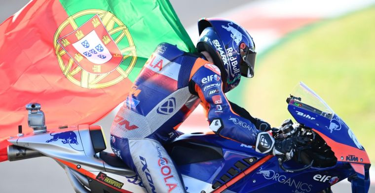 Bizarre MotoGP season comes to an end; Formula 1 is looking on