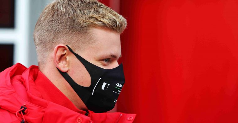 Mick Schumacher: Of course I use some of my father's tips
