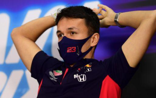 Albon blijft toch bij Red Bull: 'Hij heeft genoeg gedaan om ze te overtuigen'