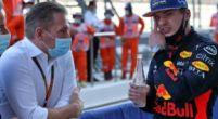 """Afbeelding: Jos Verstappen gefrustreerd in raceauto: """"Daarom ben ik langzamer dan Max"""""""