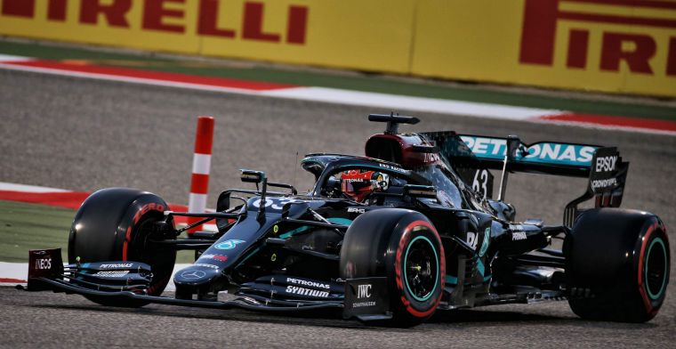 Uitslag VT1 Sakhir GP: Russell verrassend bovenaan, Verstappen toch weer op P2
