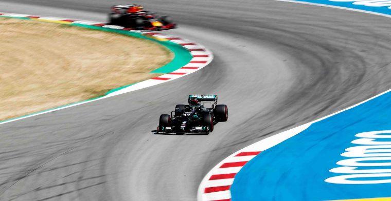 Van der Gijp: 'Mercedes heeft toen expres verkeerde banden gegeven aan Russell'