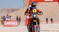 Afbeelding: LIVE | Dakar Rally etappe 8: Loeb wacht tevergeefs op assistentie en geeft op