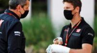 Image: Grosjean's hands no longer bandaged - Petrus is happy!