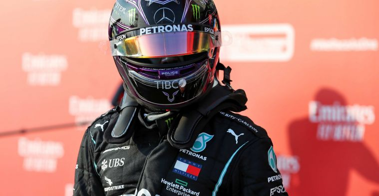 Hamilton causes embarrassing contract situation: 'He should know better'