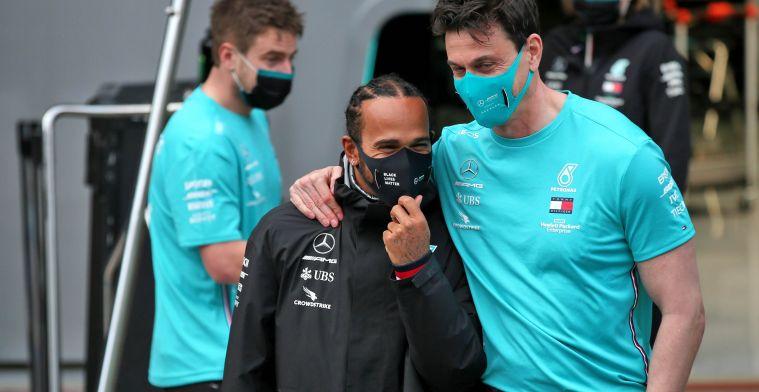 Jordan snapt keuze van Hamilton: 'Krijgt hij wel genoeg betaald bij Mercedes?'