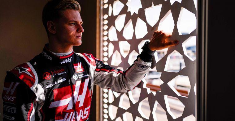 Schumacher is nog altijd niet in Engeland geweest bij zijn team
