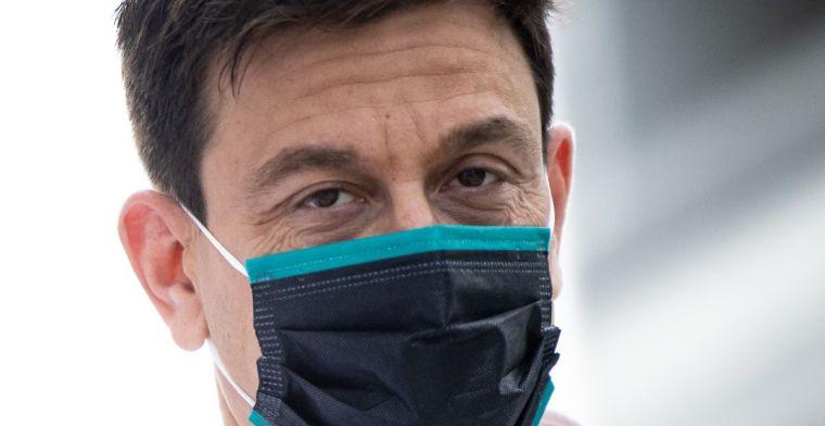 Wolff: 'Voor reglementen 2022 maakt het niet uit welke coureur in de auto zit'