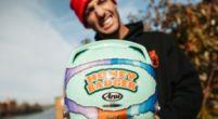 Afbeelding: Ricciardo heeft positieve boodschap met nieuwe helm: 'Hou van iedereen'