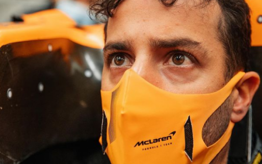 "Ricciardo wants new bet: ""He's got a pretty good car collection"""
