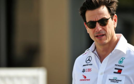 Wolff: 'In 2022 different driver combinations are possible at Mercedes'.