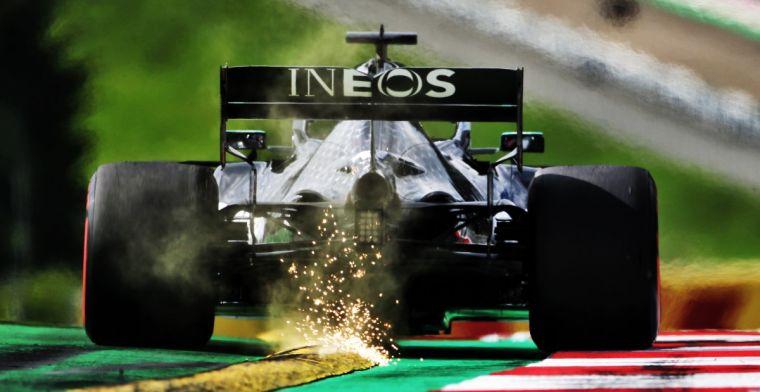 Mercedes komt belofte na en 'teased' livery van de W12